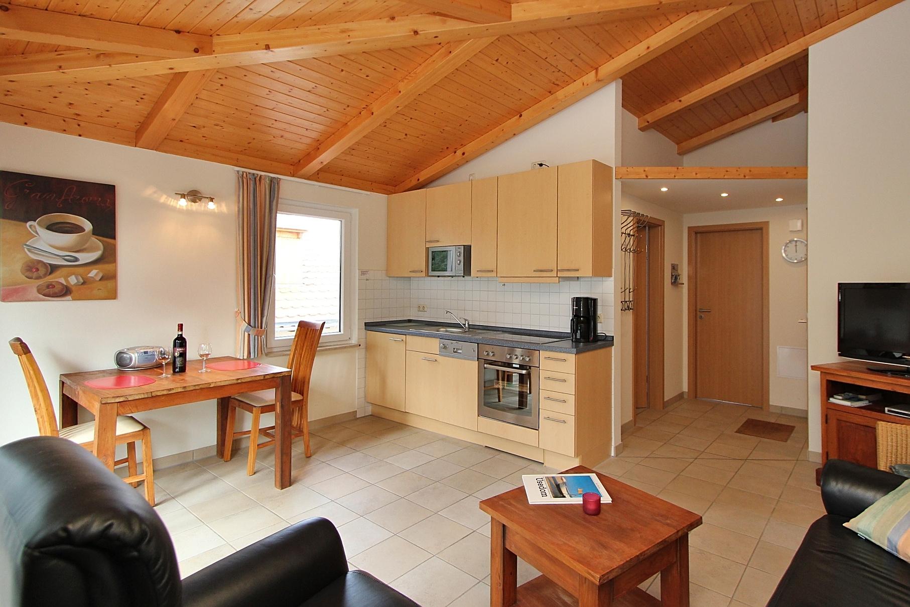 03 wohnraum mit küche